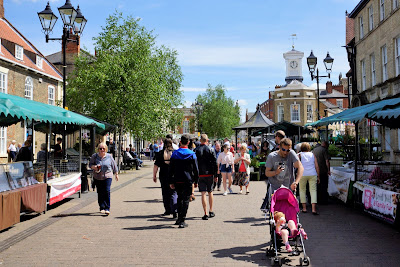 Sunny weather being enjoyed by visitors to Brigg Farmers' Market on Saturday, May 25, 2019 - organised by North Lincolnshire Council