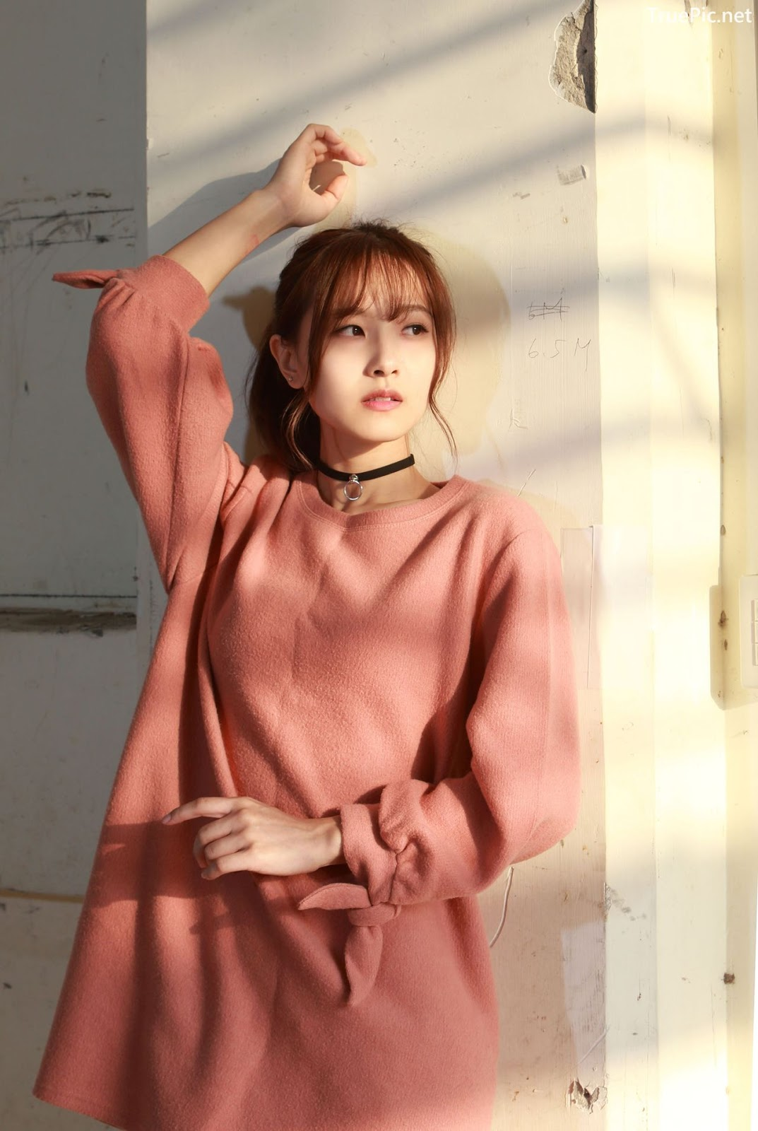 Image-Taiwanese-Model-郭思敏-Pure-And-Gorgeous-Girl-In-Pink-Sweater-Dress-TruePic.net- Picture-4