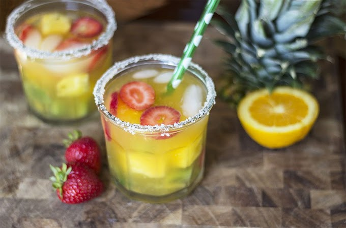 Healthy Non-Alcoholic Freshly Juiced Sangria #healthydrink #easyrecipe #cocktail #smoothie