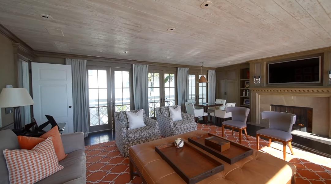 33 Interior Design Photos vs. 21528 Pacific Coast Hwy, Malibu, CA Luxury Home Tour