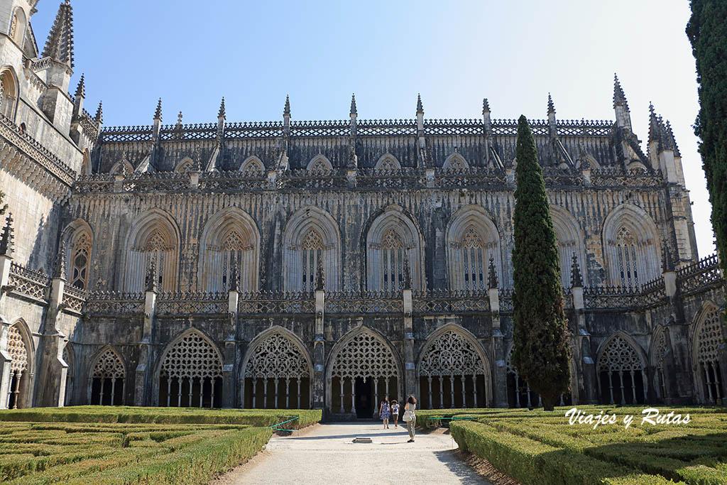 Patio central del Claustro real del Monasterio de Batalha, Portugal