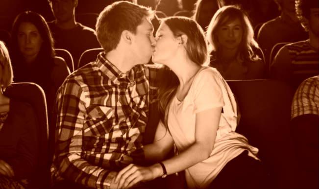 Cách hôn nhau trong rạp chiếu phim