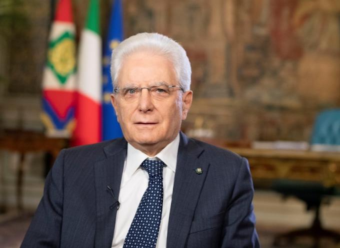 """Mattarella: """"Riprendere il cammino uniti"""""""