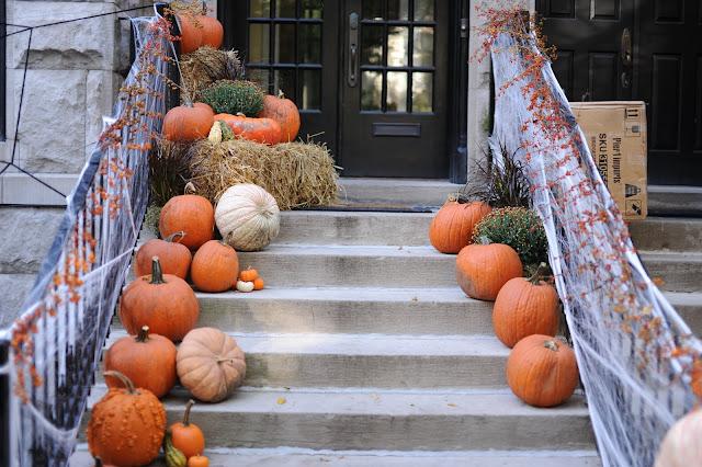 Maison décoration Halloween citrouilles fantômes