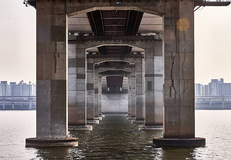 Seoul Bridges on Han River   Almost like optical illusions