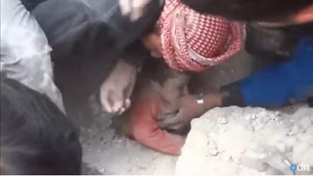 Video: Bukti Kekejaman Syiah Assad