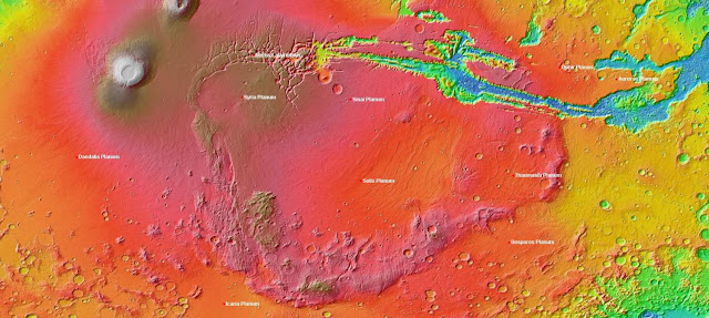Unusual Martian region leaves clues to planet's past