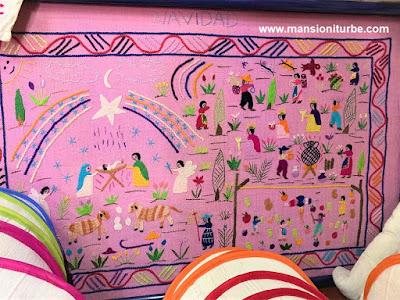 Bordado Artesanal Mexicano elaborado por Bertha Servin Barriga con el que gano su primer premio.