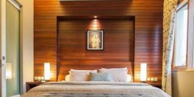 wallpaper dinding kamar tidur - plafon kayu