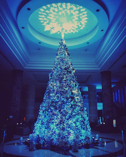 Christmas Tree in Radisson Blu. Pic by Doc. Xavier Solis.