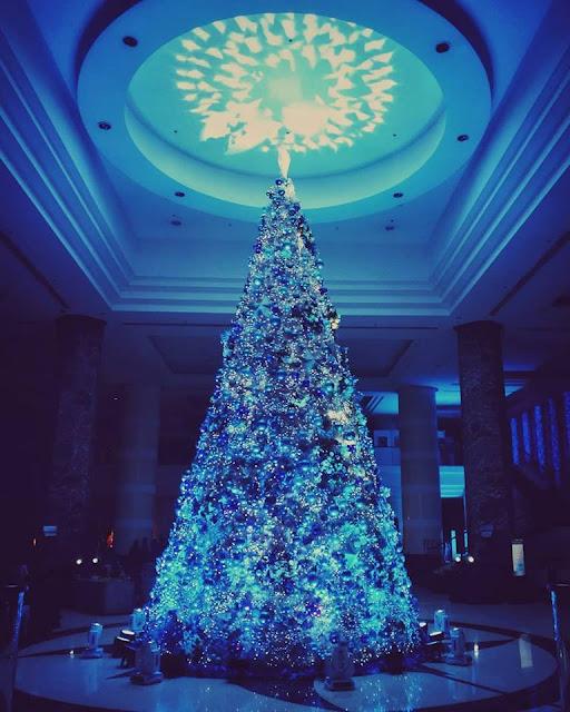 Christmas Tree in Radisson Blu. Pic by Doc. Xavier Solis.