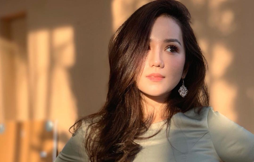 Biodata Sophia Albarakbah Pelakon Filem Miimaland