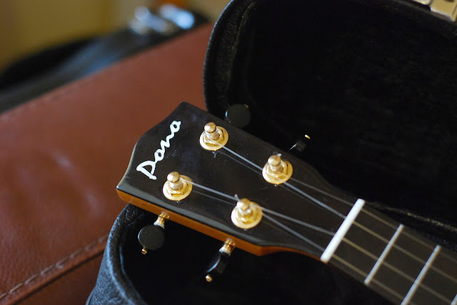 pono mhc ukulele headstock