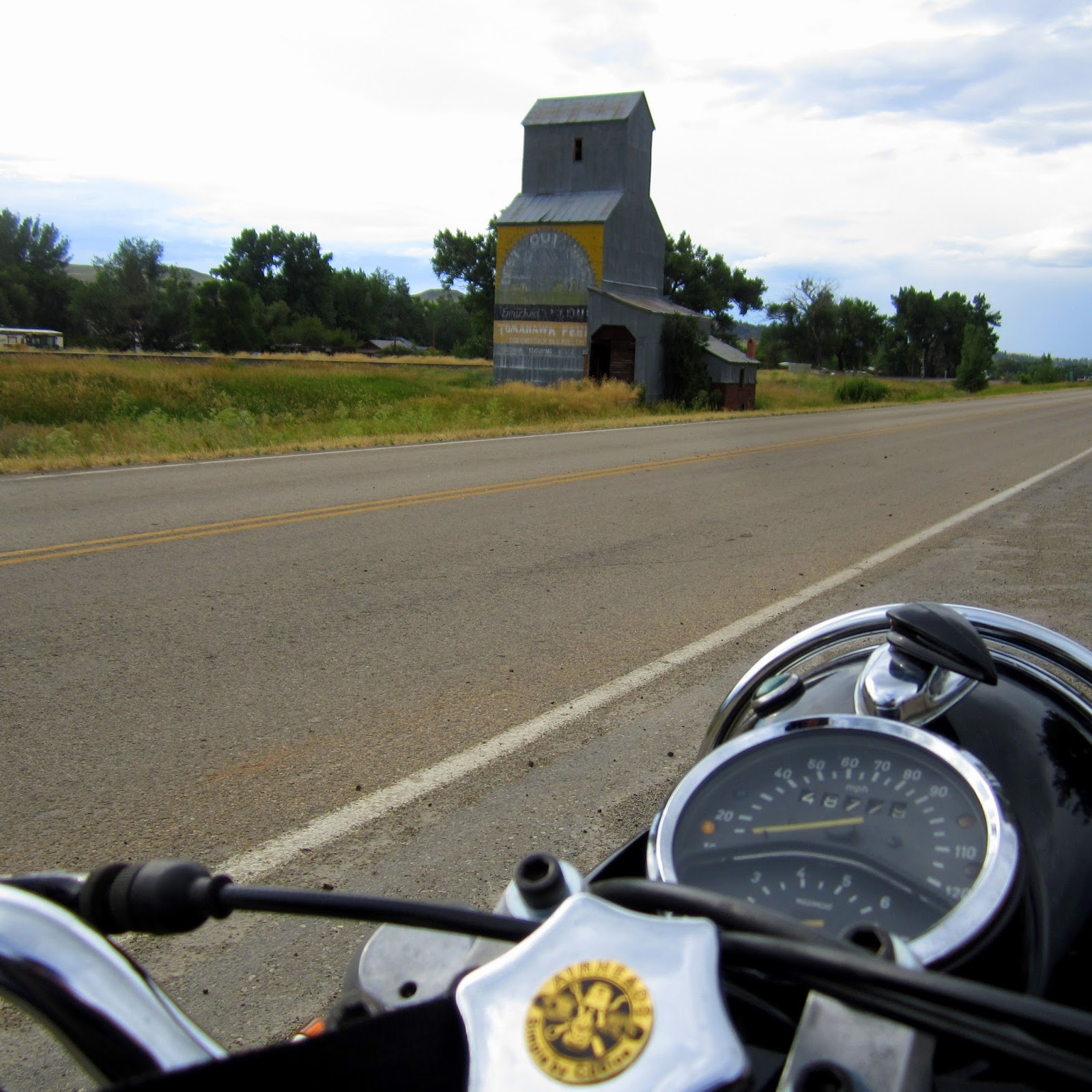 Montana big horn county wyola - Old Grain Elevator In Wyola Montana I Worked At A Sister Elevator In Hardin Mt When I Was 15 Years Old Came Up To This One Once To Work A Day Now