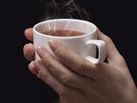 çaya bal koymak