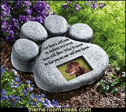 pawprint  Memorial Stone