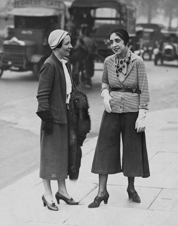 Elsa Shiaparelli usando calça pantacourt, origem da calça pantacourt, como surgiu a calça pantacourt