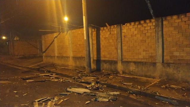 Chuva e ventos fortes causam estragos em Martinópolis e Rancharia
