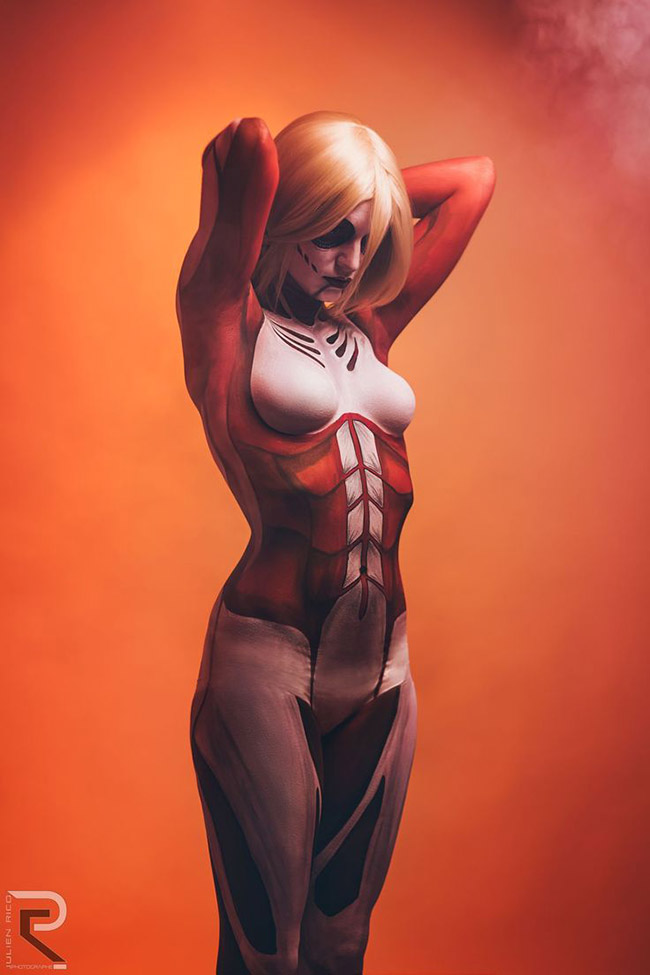 Nuna aka Chris (France) - Attack on Titan