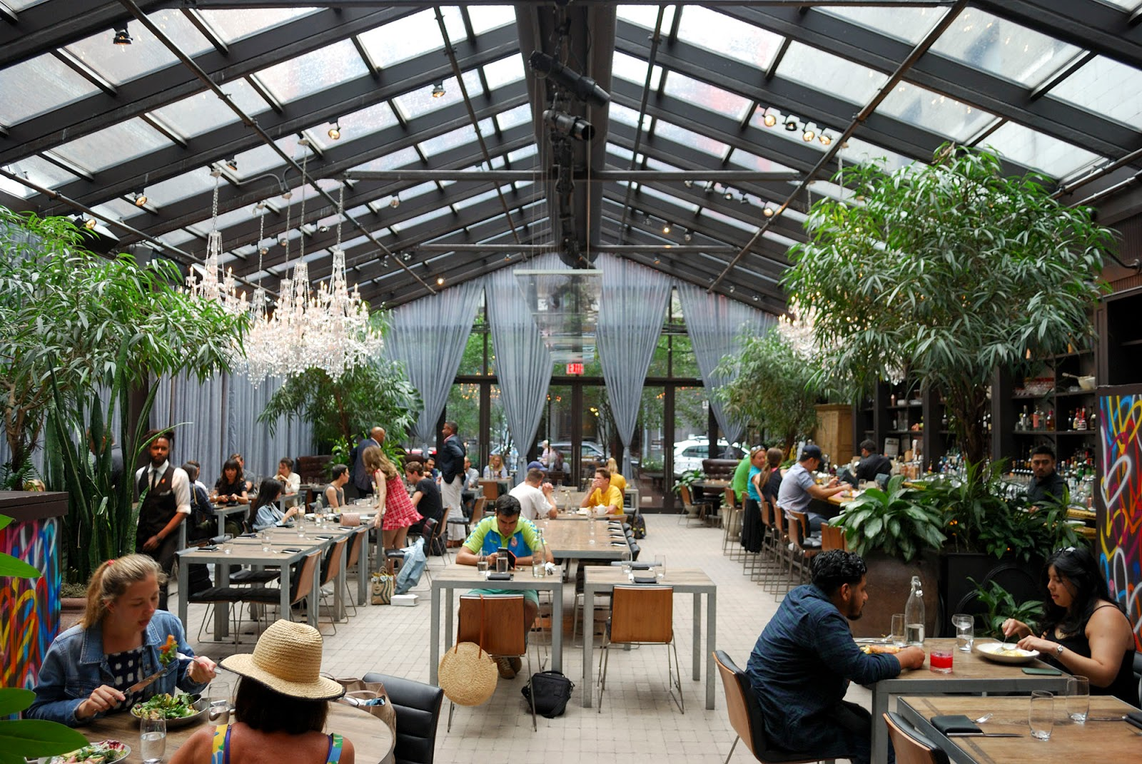 new york itinerary guide plan nomo kitchen restaurant soho manhattan