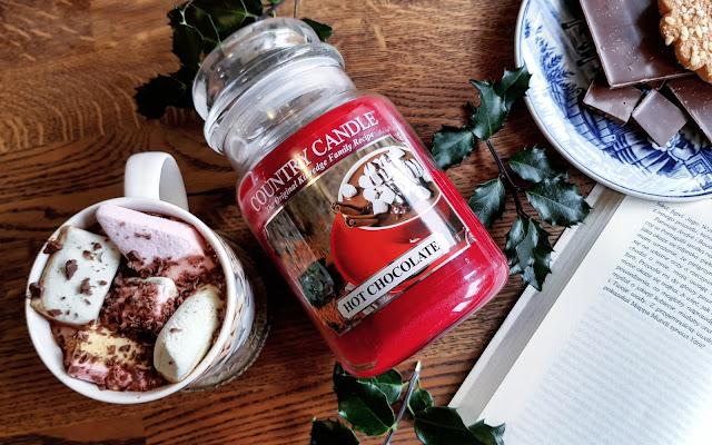 Czekolada nie zadaje pytań. Czekolada rozumie... :) HOT CHOCOLATE - Country Candle  - Czytaj więcej »