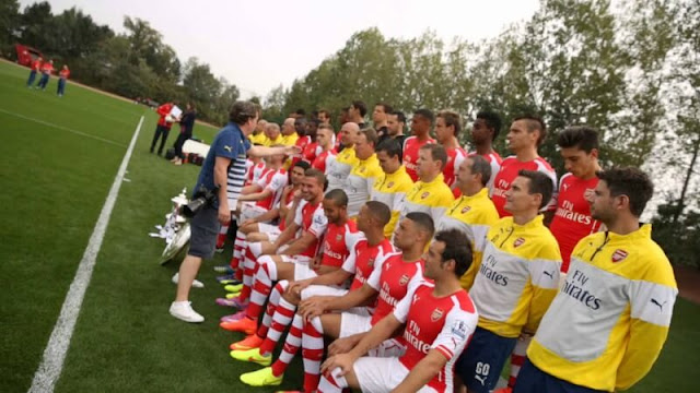 arsenal squad photo session