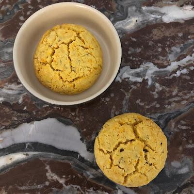 Cookies salés à la carotte et à la farine de maïs