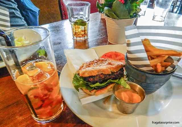 Hambúrguer em Londres - The Builders Arms Pub