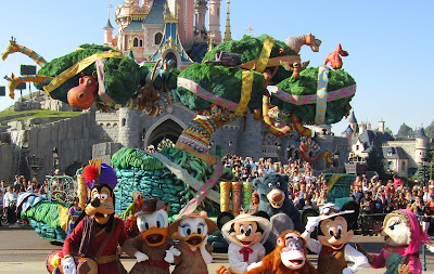 Characters and floats in the Jungle Book Jive