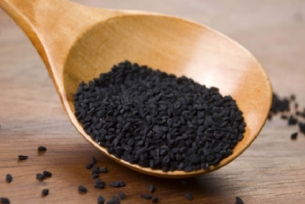 What are the benefits of seven grains of black seeds on an empty stomach