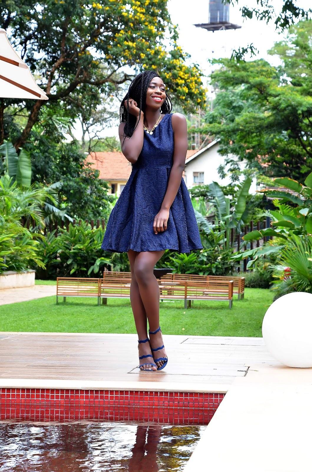 matchy matchy, pulling off a mtchy matchy look, style with ezl, ezil, Navy blues dress, Kipato Undbrandes, kenyan style, Ezil, What to wear Kenya, pleated dress, Circle dress,
