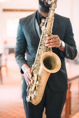 wedding live music at  lake miromar- saxophone player