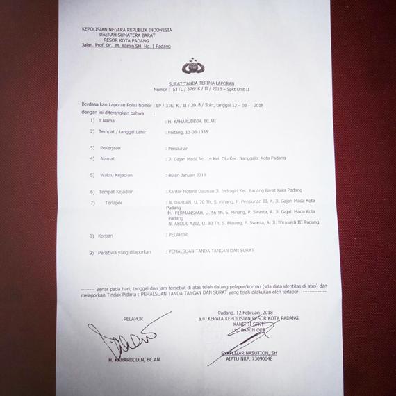 Diduga Palsukan Tandatangan Di Notaris Tiga Orang
