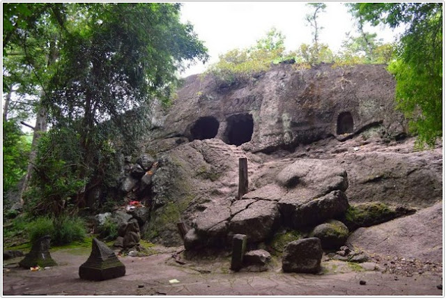 Goa Selomangleng;10 Top Destinasi Wisata Kediri