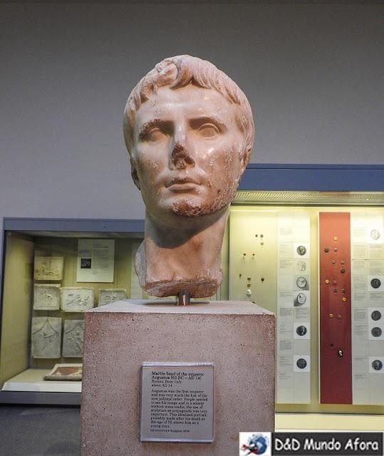 Imperador Augusto na Seção romana no Museu Britânico em Londres