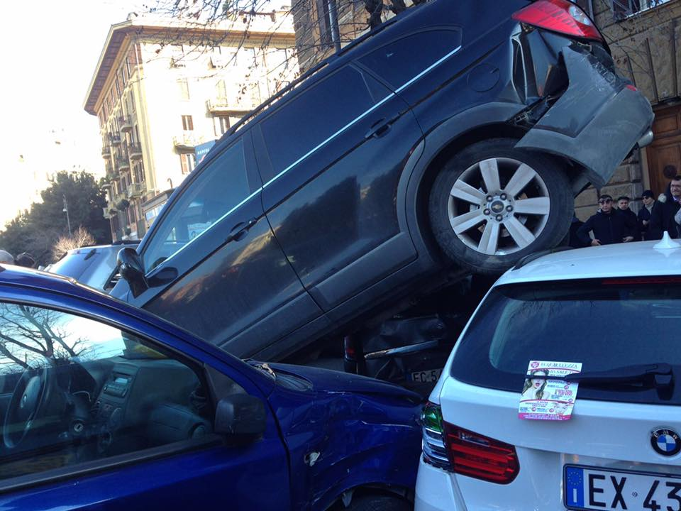 Lu0027assurdo Incidente Di Piazza Mazzini, Spiegazione Della Dinamica