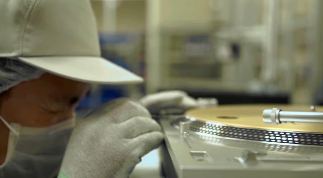 Mastering the Craftsmanship - Making of New SL-1200 - Atomlabor Blog Musik Gadget Tipp