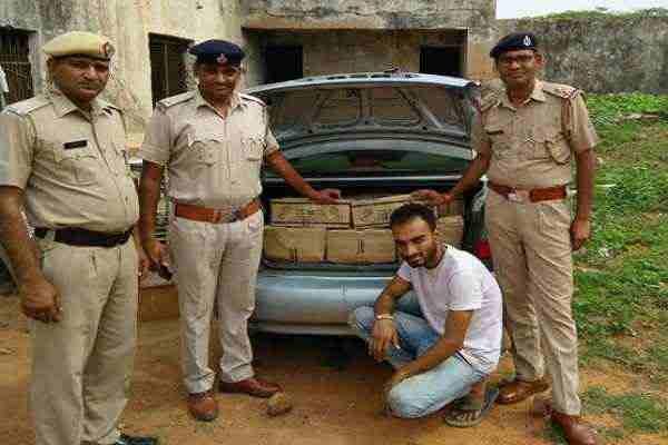 faridabad-mangar-police-chowki-caught-60-peti-illegal-wine-news