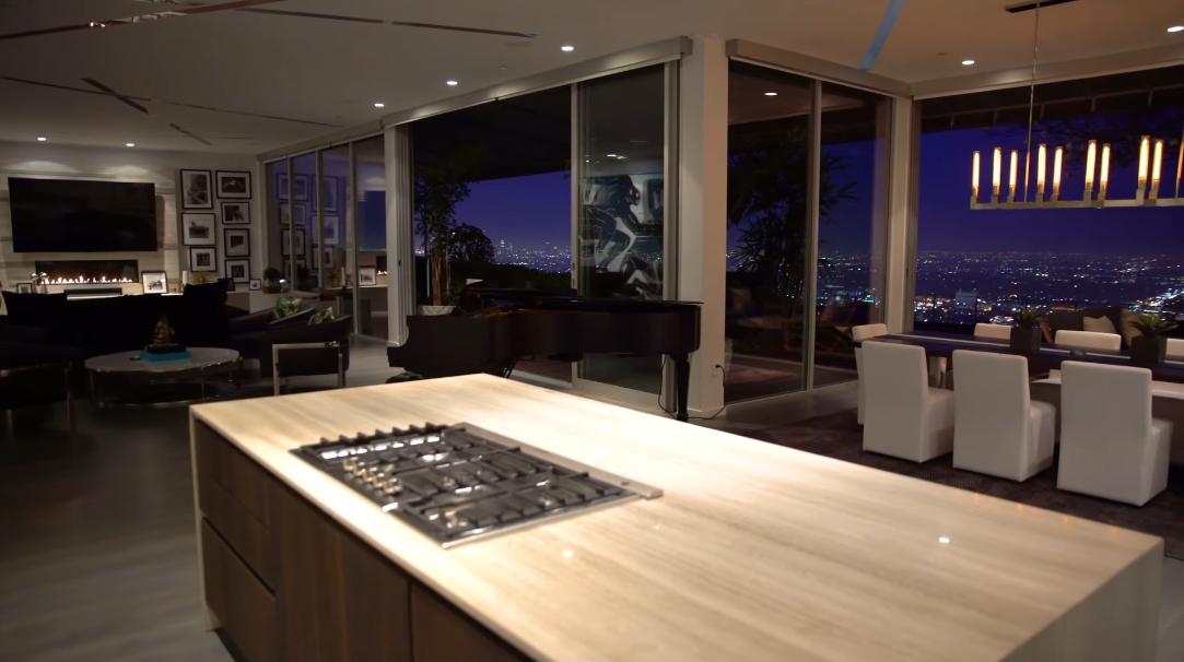 28 Interior Design Photos vs. 2511 Carman Crest Dr, Los Angeles, CA Luxury Home Tour