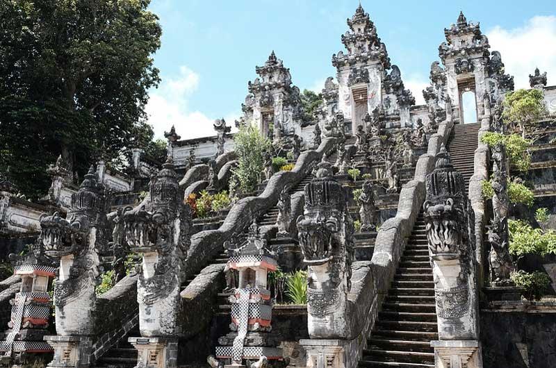 Pura Lempuyang Bali