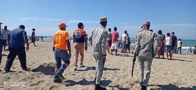 Joven se ahoga y otro está desaparecido en la Playa Cangrejos de Puerto Plata