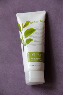 The Face Shop Green Tea Phyto Powder Cleansing Foam (1/6)