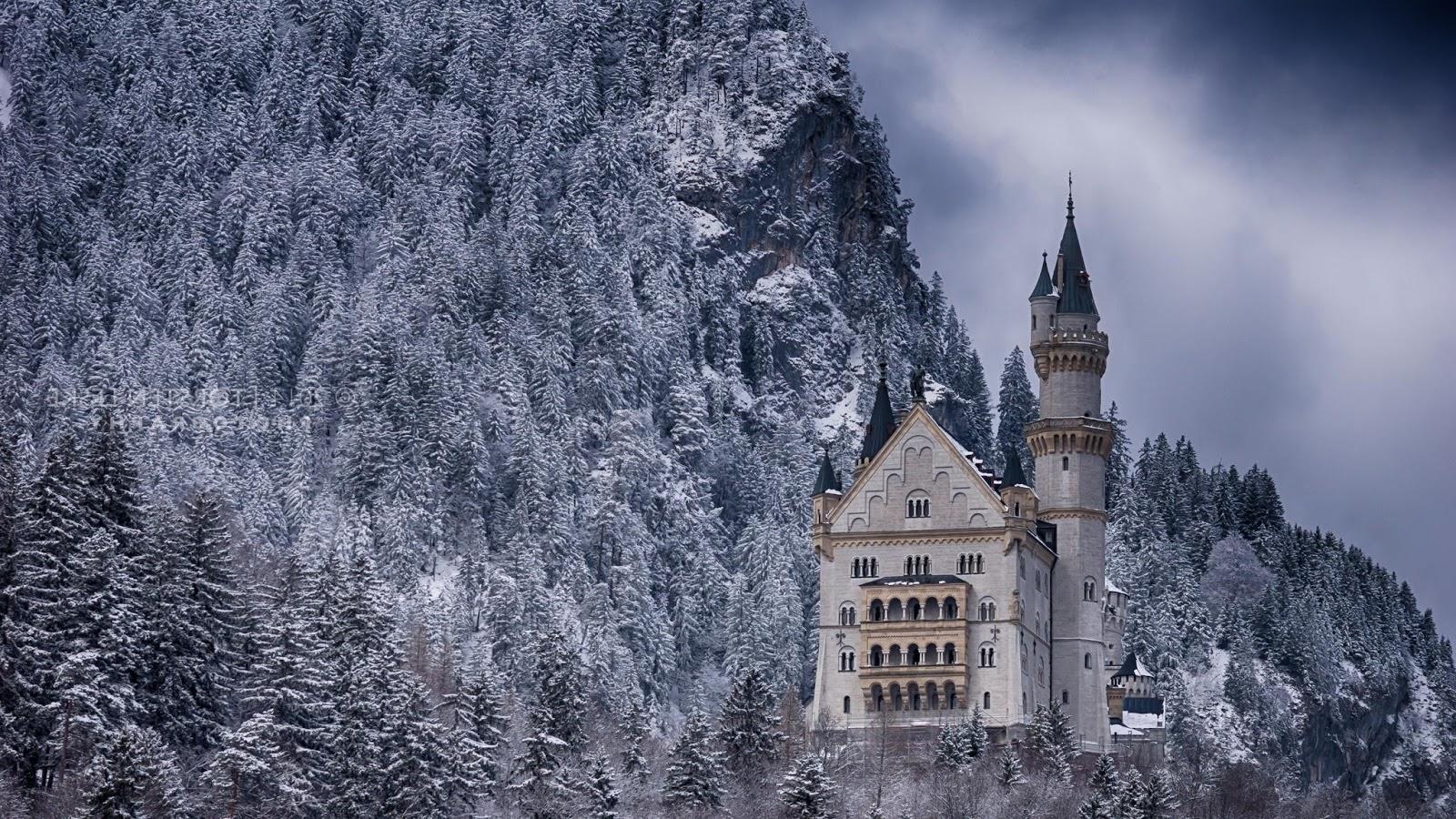Neuschwanstein Castle, Germany HD Background