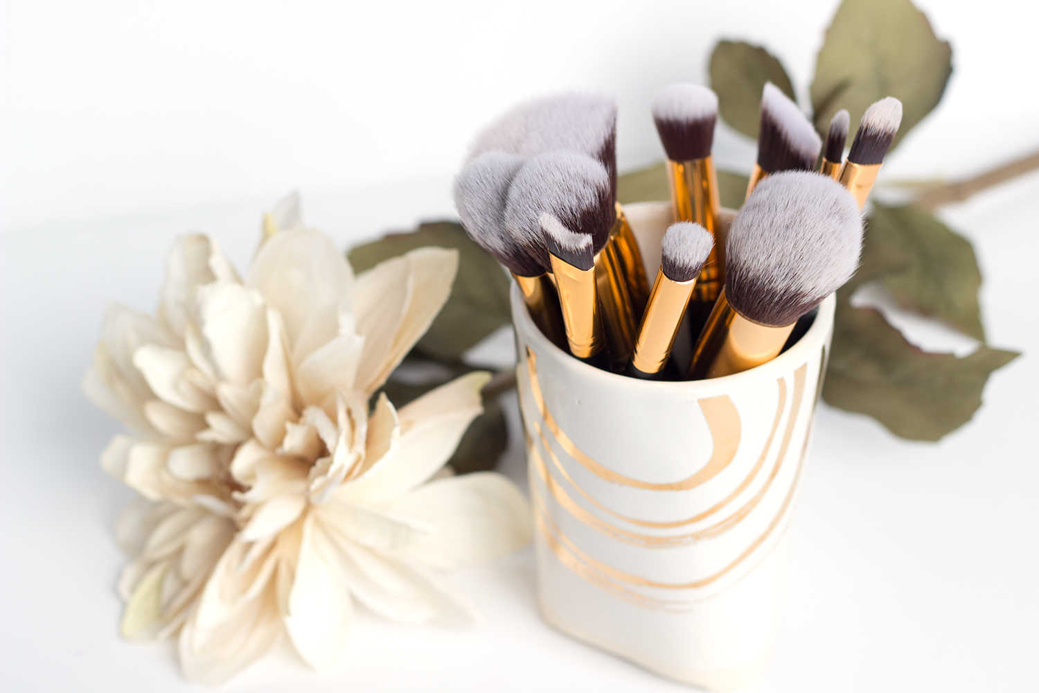 BH Cosmetics Sculpt & Blend 2 Brush Set