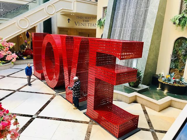 Lasvegas, Venetianhotel, valentinesweekend, travelguides, travelnevada