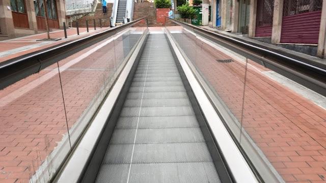 Escaleras mecánicas de la calle Ibarra