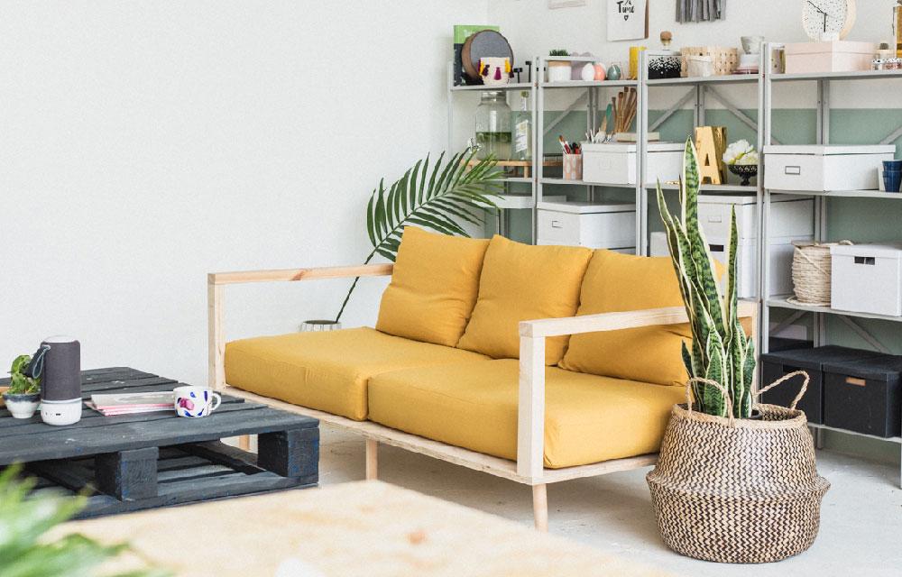 Realizzare fai da te un comodo divano in legno | Blog di arredamento ...