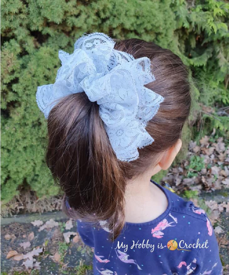 hair scrunchie crocheted with sassy lace