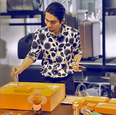 Ben Liu live painting luxury goods at Louis Vuitton, Holt Renfrew Montreal, with LV Vivienne Doll