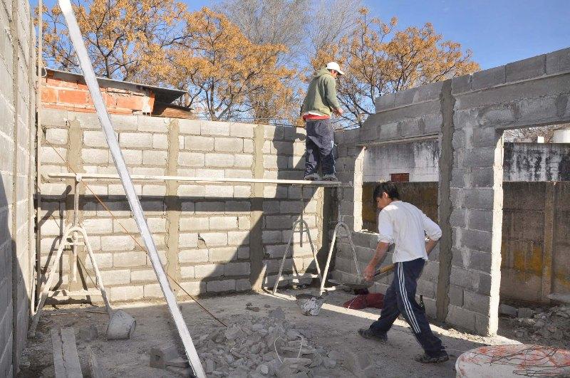 El maestro de obras xavier valderas los bloques - Construir con bloques de hormigon ...